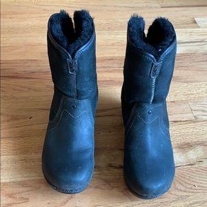 Dansko Stormy Shearling-lined black boot size 37
